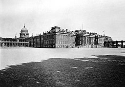 Stadtschloss, Königlich Preussische Messbild-Anstalt [Public domain], via Wikimedia Commons
