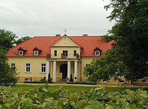 Powiercie - Parish church in Powiercie manor
