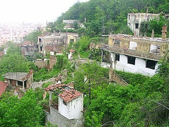 2004 unrest in Kosovo - Ruins of a Kosovo Serb part of Prizren.