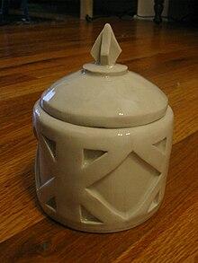 QN ceramic container.jpg