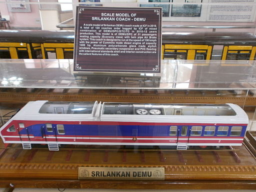 Rail-Museum-ICF-Srilankan-DEMU-Train-Coach-Model