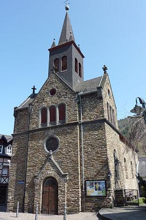 Rech St.Luzia Westseite749.JPG