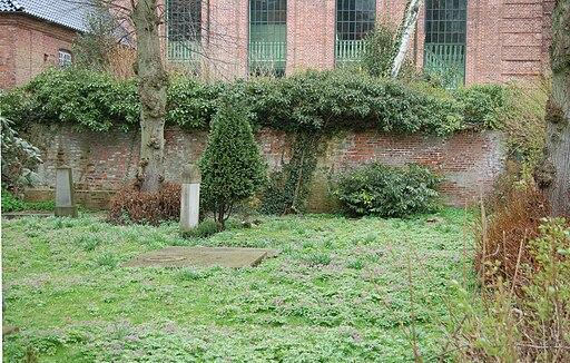 Restmauer alte Klosterkirche 1238