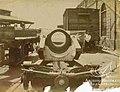 Restos del cañón del transporte armado o crucero Angamos, reventado.jpg