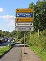 Richtungsschilder beim Harrisleer Kreuz (Flensburg September 2014), Bild 01.jpg