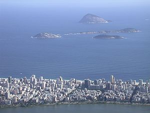 Ilhas Cagarras - Image: Rio de Janeiro 20040119 054