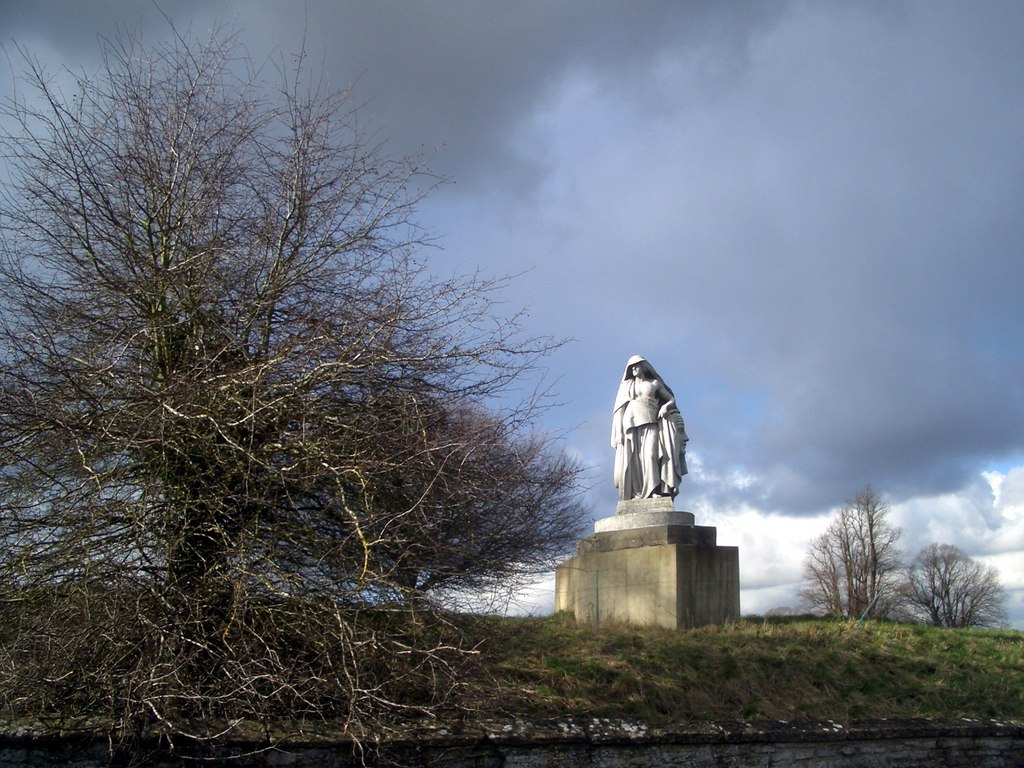 Roadside Statue - geograph.org.uk - 1704830