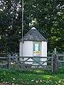 Round hut - geograph.org.uk - 1006716.jpg