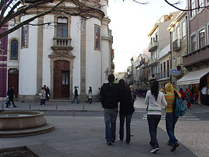 Rua da Junqueira - Junqueira as seen from República Square.