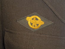 Honorable Service Lapel Button - Wikipedia