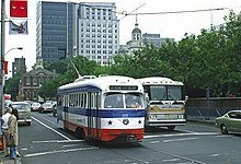 SEPTA 2275 5th and Market May 1976xRP - Flickr - drewj1946.jpg