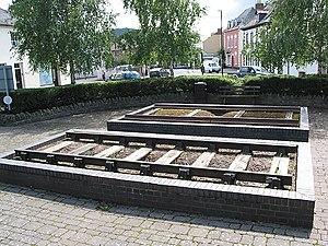 Barlow rail - A sample of Barlow rail is shown to the rear of a sample of Bullhead rail