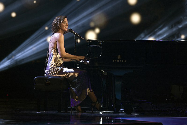 Sarah McLachlan plays the 2017 Invictus Games opening ceremony (36569334194).jpg