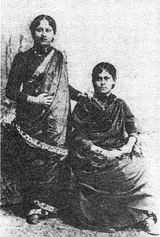 Sarala Devi Chaudhurani - Sarala and her sister Hironmoyee