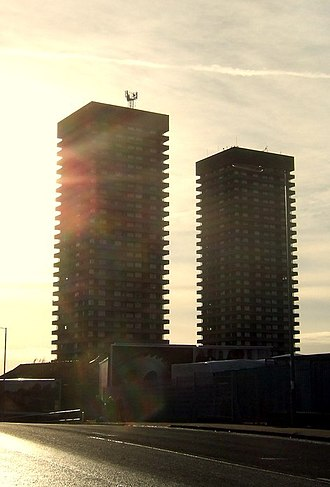 Bluevale and Whitevale Towers - Image: Scotlandtalltowers