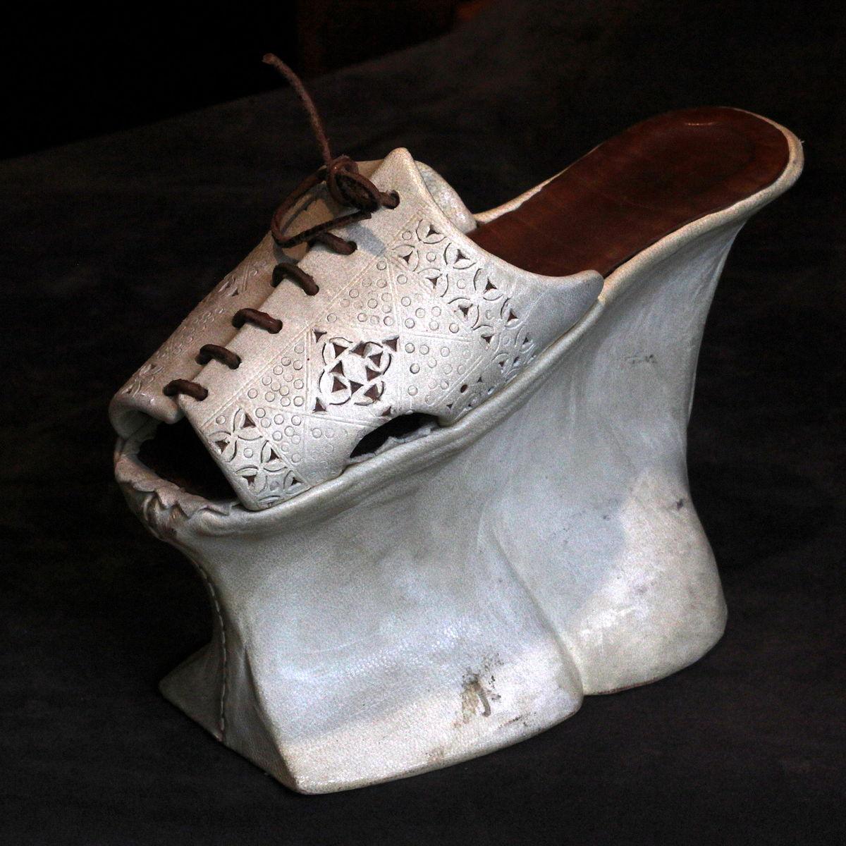 Women S Shoe Dictionary