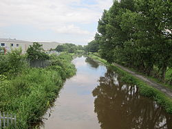 Shropshire Union Canal near Ellesmere Port (1).JPG