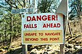 Sign Raquette Falls carry 1999 05 01.jpg