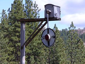 """Grade crossing signals - """"Wigwag"""" signal photographed in 2007."""