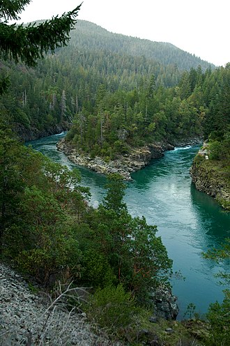 Six Rivers National Forest - Image: Smith River near Crescent City, CA