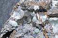 Smithsonite, hémimorphite, goethite 2.jpg