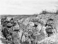 Soldats australiens au mont Saint-Quentin 1er sep 1918.png