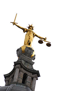 Statue of Justice, Central Criminal Court, London, UK - 20030311.jpg