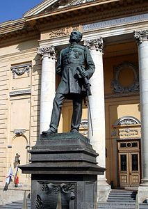 Imagini pentru statuia carol I fac de medicina photos
