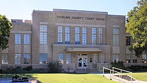 Sterling County Texas Courthouse 2016.jpg