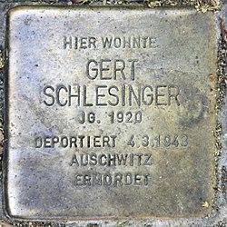 Photo of Gert Schlesinger brass plaque