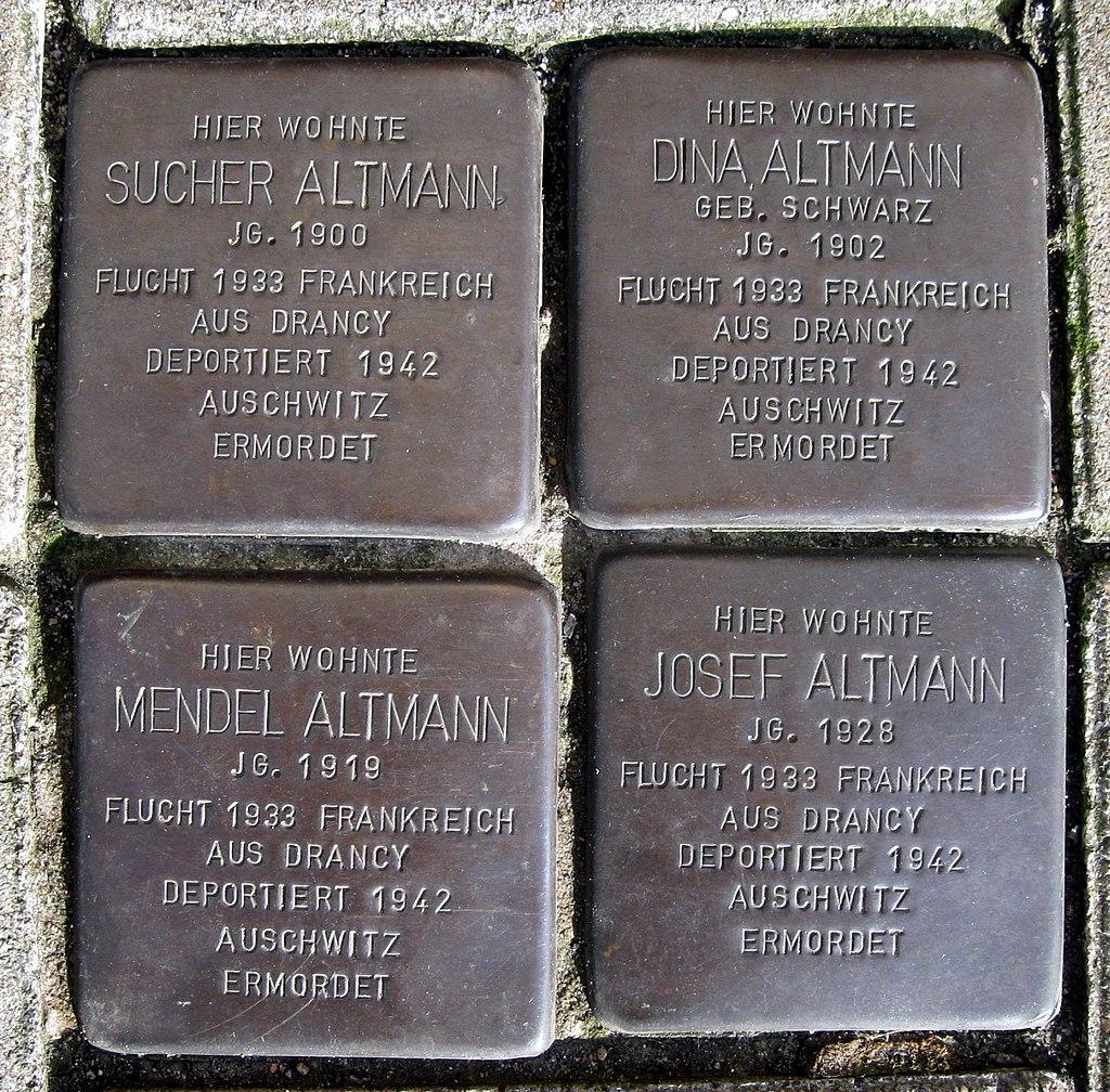 Stolpersteine Dortmund Gneisenaustraße 91.jpg