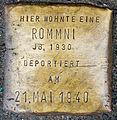 Stolpersteine für 2 Rommni Achterstraße 50 Köln Jg1930.jpg
