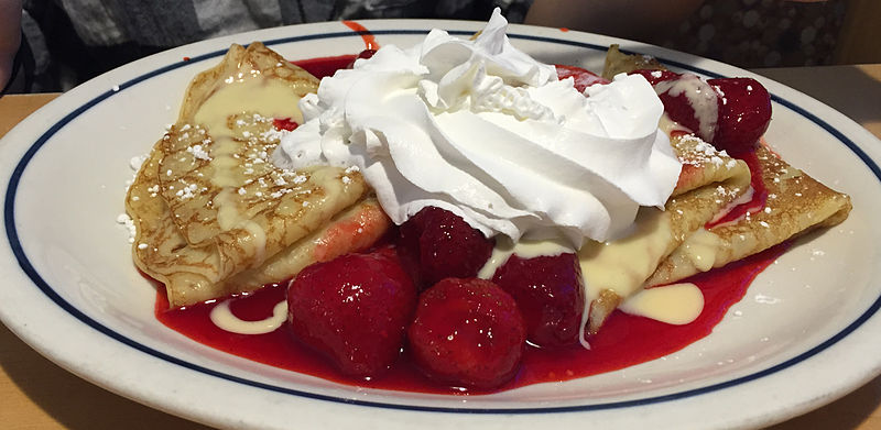 File:Strawberry Crêpe 1 2015-01-11.jpg
