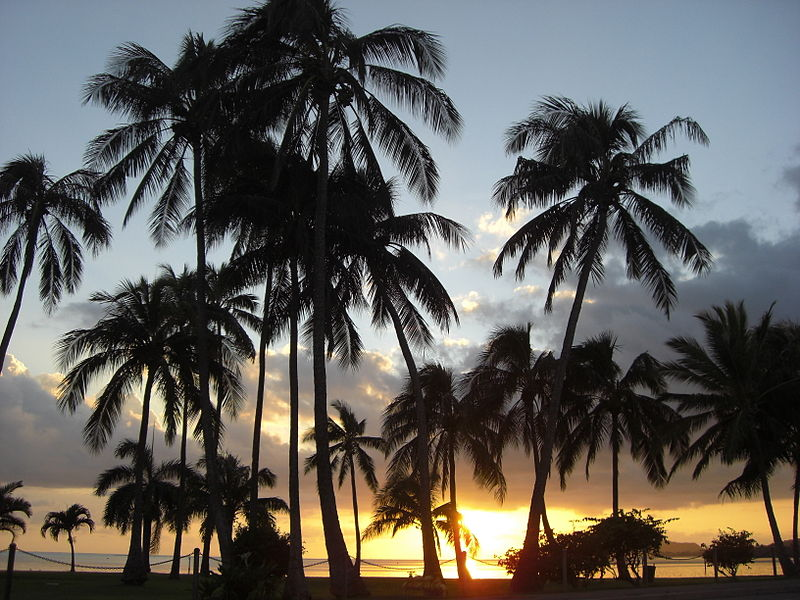 File:Sunset next to Waikiki Beach, Oahu, Hawai, USA1.jpg