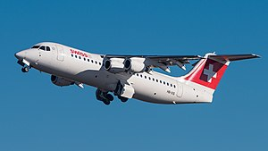 Swiss British Aerospace Avro 146-RJ100 HB-IXS MUC 2015 01 crop.jpg