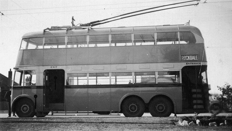 File:Sydney trolleybus number 7 - 193708.jpg