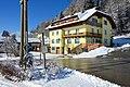 Techelsberg Sankt Bartlmae Bushaltestelle und Messnerwirtin 31012015 857.jpg