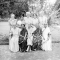 Teluguchristianwomenwithmissionaries.png