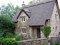 Thatched Cottage - geograph.org.uk - 561676.jpg