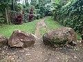 The Path to Secret Beach (8728222626).jpg