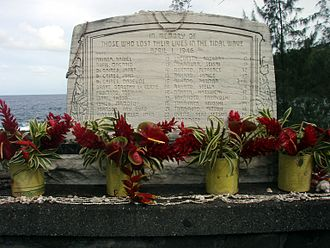 Laupāhoehoe, Hawaii - Tsunami memorial at Laupahoehoe Point