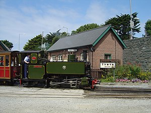 Tom Rolt at Tywyn Wharf - 2005-07-16.jpg