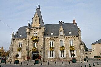 Toury - Town hall