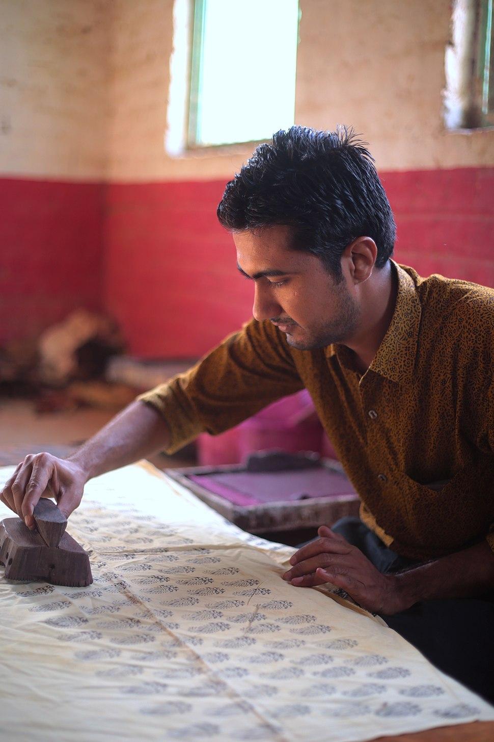 Traditional Bagh hand block print master craftsman-artisan-artist Mohammed Bilal Khatri, Madhya Pradesh, India