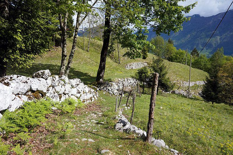 File:Trail in Bovec 5.jpg