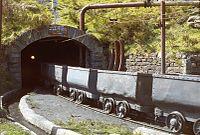 Train berlines Villaseca avril 1983-h.jpg