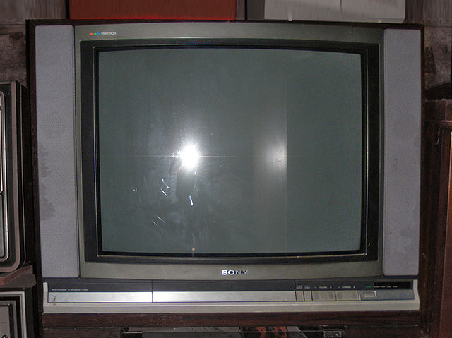 A History of the Evolution of an Analog Television to Digital Television