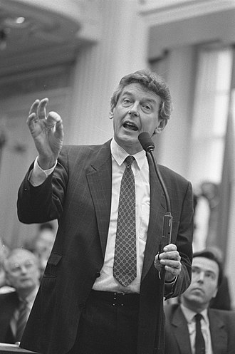 Wim Kok - Wim Kok as Parliamentary leader of the PvdA in the House of Representatives of the Netherlands in 1988