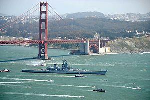 USS Iowa (retouched).jpg