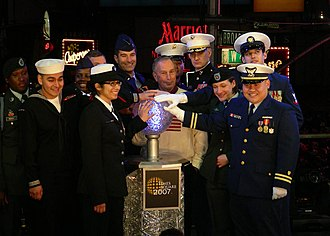 Times Square Ball - Oswaldo San Andres and Lillianne Perez join Michael Bloomberg in activating the drop for 2007.